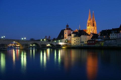 Escort Regensburg bei Nacht