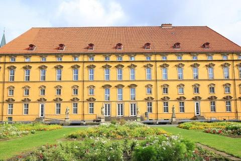 Escort Osnabrück - Das Schloss mit Garten