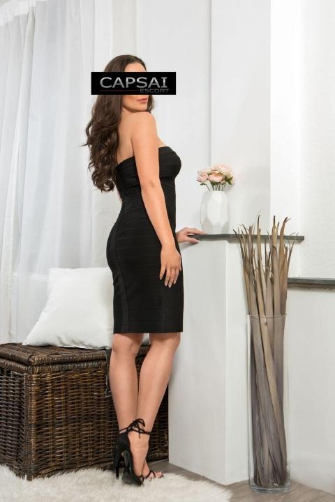 Escort Model Sonya